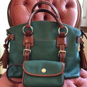 Beautiful Dooney & Bourne satchel